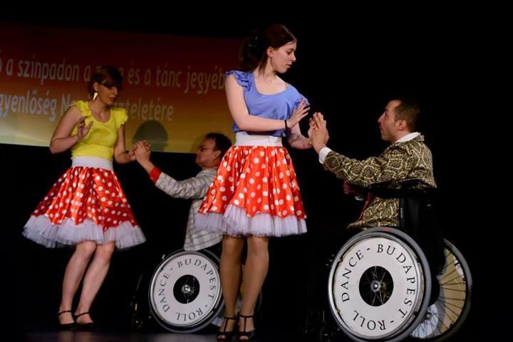 Roll Dance Budapest Kerekesszékes-kombi Tánccsoport fotó