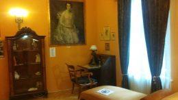 A fényképen a színésznő szobái közül az egyik látható