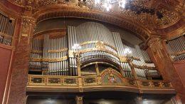 A fényképen a Zeneakadémia orgonája látható