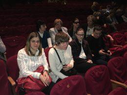 A színház soraiban ülnek a klubtagok