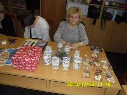 kispesti lámpások karácsonyi asztala