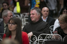 A közönség soraiban Böjte Csaba is helyet foglalt