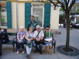 A korzózók csoportja látható a képen