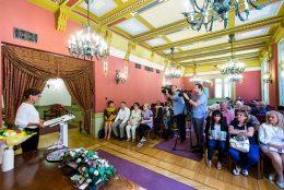 Kamerák veszik a ferencvárosi futár-kiosztáskor elhangzott beszédeket Ferencvárosban