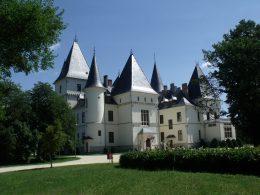 A kastély épülete kívülről