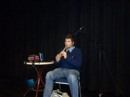 Domoszlai János a békásmegyeri fehár bot napi gálaműsoron kenán játszik