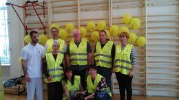 A Vakodába kitelepülő VGYKE alkalmazottakból álló csoport látható a képen