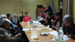 A kispesti klubnapon a Fecske szolgálat vezetője beszél a klubtagokhoz