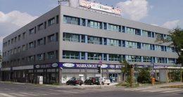 A képen a Szugló utca 81. szám alatti irodaház látható kívülről.