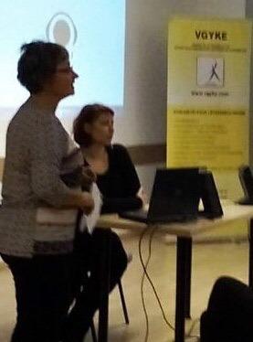 Cseh Adrienn az audionarrációról beszél.